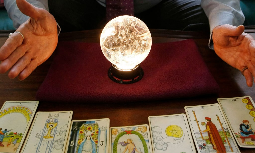 psychic con artist